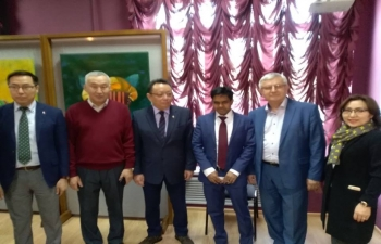 """Consul General Mr. Shubham Kumar participated in the opening of the art exhibition of the Yakutian artist Starostin Mikhail """"Touch the North"""" devoted to the Day of the Republic of Sakha(Yakutia)"""