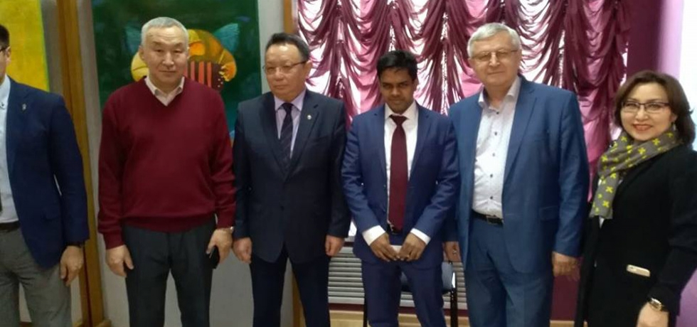 Consul General Mr. Shubham Kumar participated in the opening of the art exhibition of the Yakutian artist Starostin Mikhail