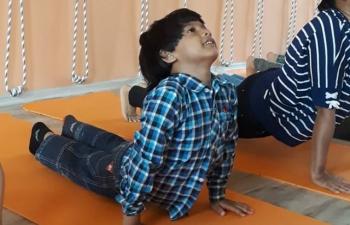 Consulate General of India, Vladivostok, organized a Yoga master class under the guidance of an international class teacher Surya Vatsa.